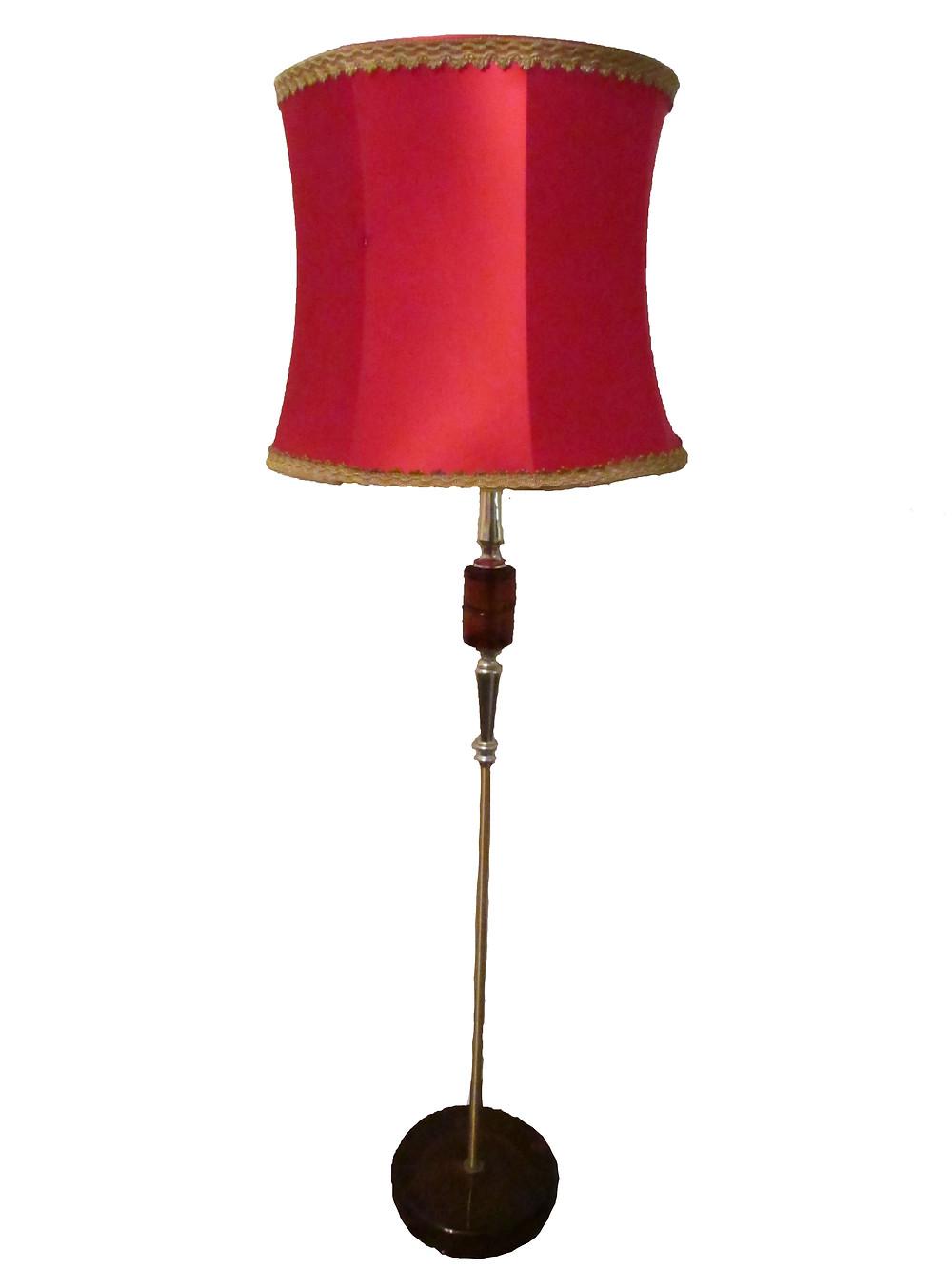 Lattialamppu, lamppu, varjostin, meripihka, vanha lattialamppu, -60 luku, vintage, tee itse, korjaa vanhaa