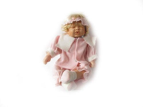Lapsinukke, nukkuva vauvanukke, keräilynukke