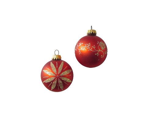 Punaiset lasipallot, hilekoristeiset joulukuusen pallot
