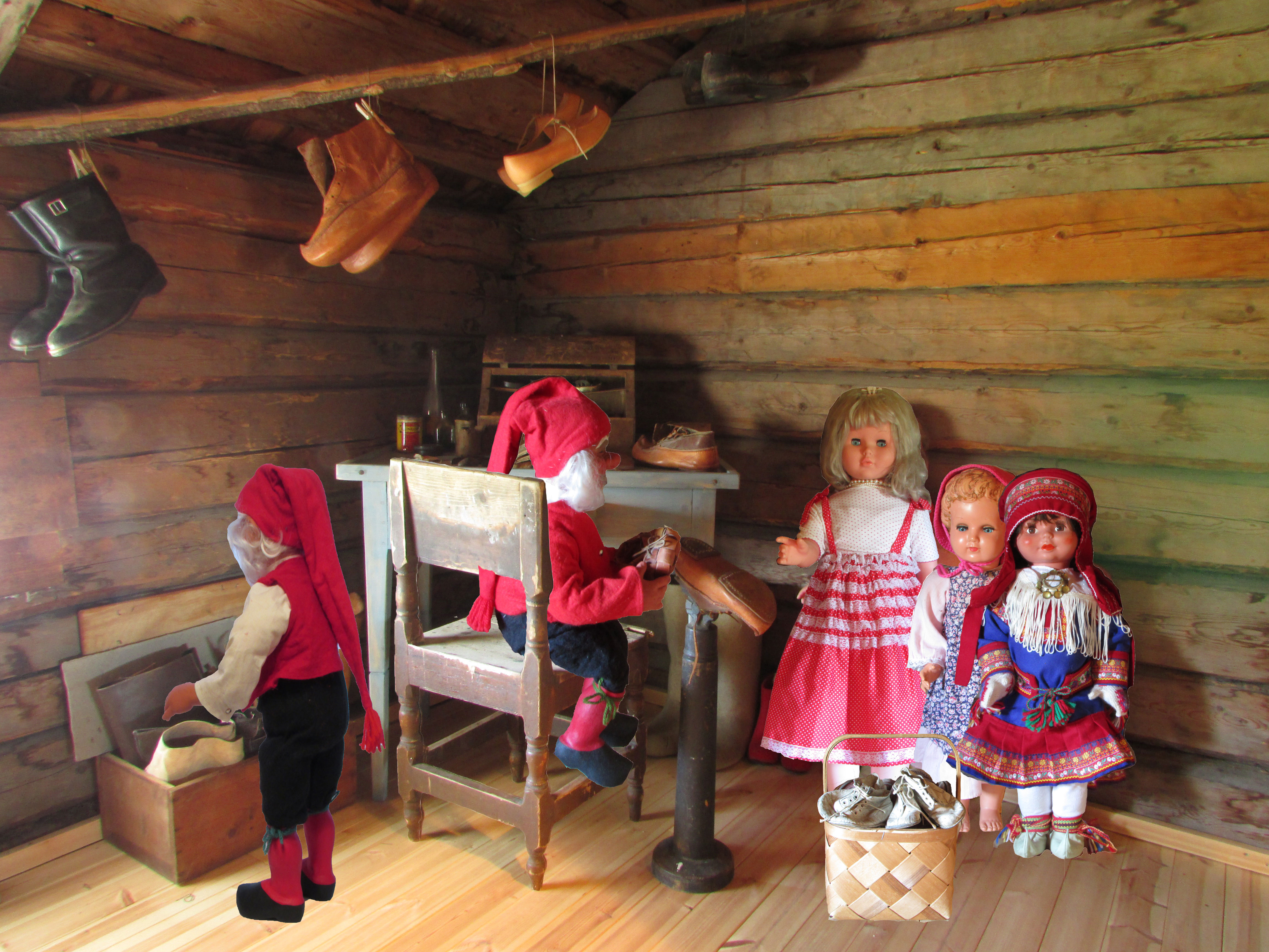 Santa Claus Museum | Old dolls