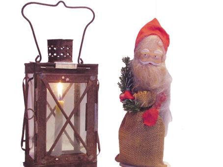 Vanhoja joulukoristeita