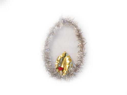 Antiikkia, joulukuusen koriste -40 luvulta. Lehti ja kärpässieni