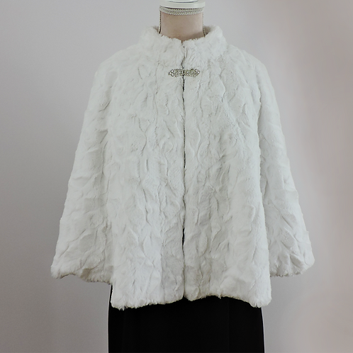 Chloe - White Faux Fur