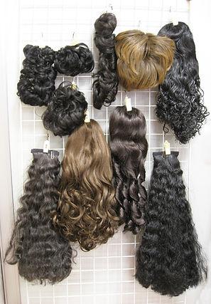 女性かつらつけ毛