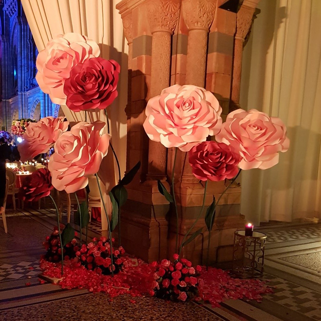 Giant Freestanding Roses