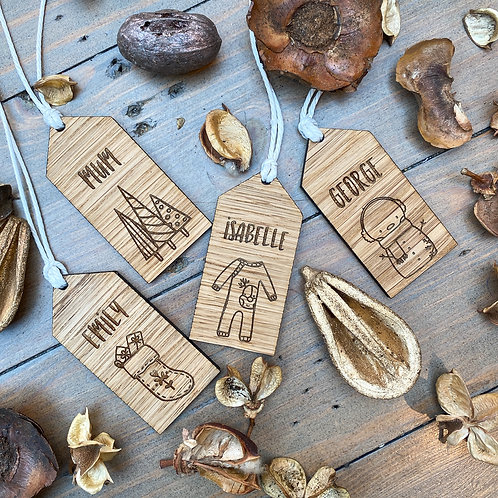 Set of 4 Personalised Festive Gift Tags