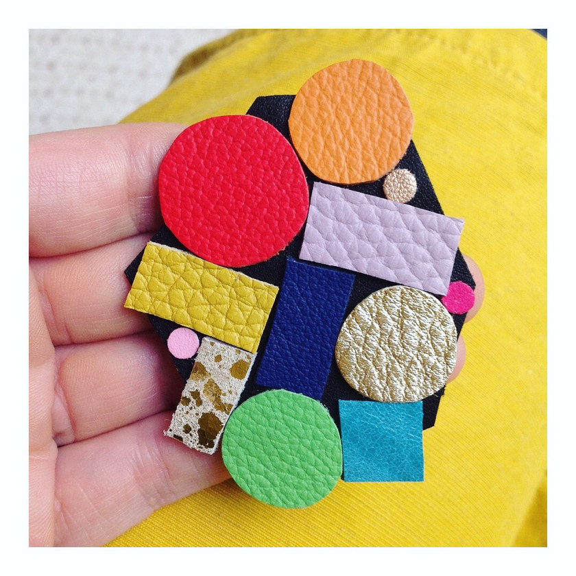 Geometric leather brooch