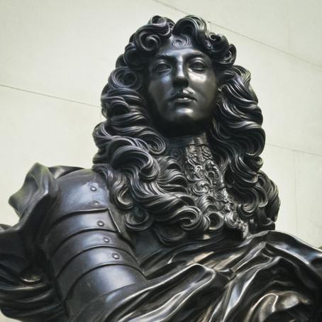 Criação de histórias sobre o Absolutismo e a corte de Luís XIV