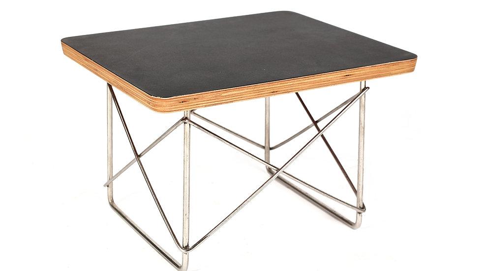 שולחן צד איימס
