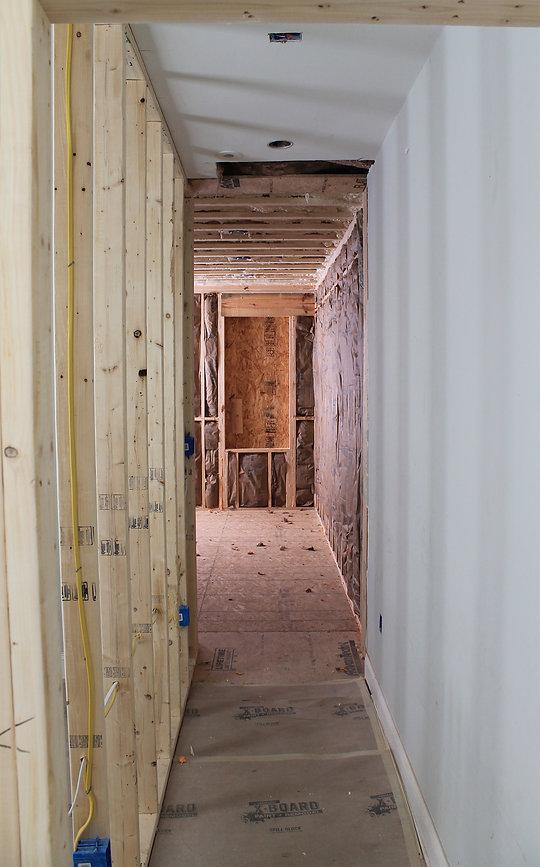 hallwayND1.jpg
