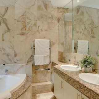 Bathroom Image 5.jpeg