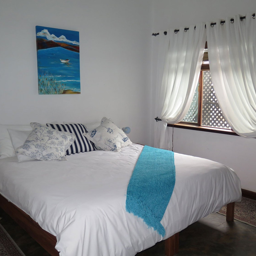 Castelo-do-Mar-Castle-Room-2