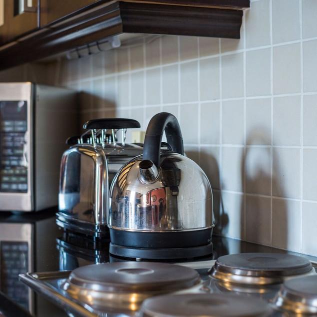 Kitchen Area 5.jpeg