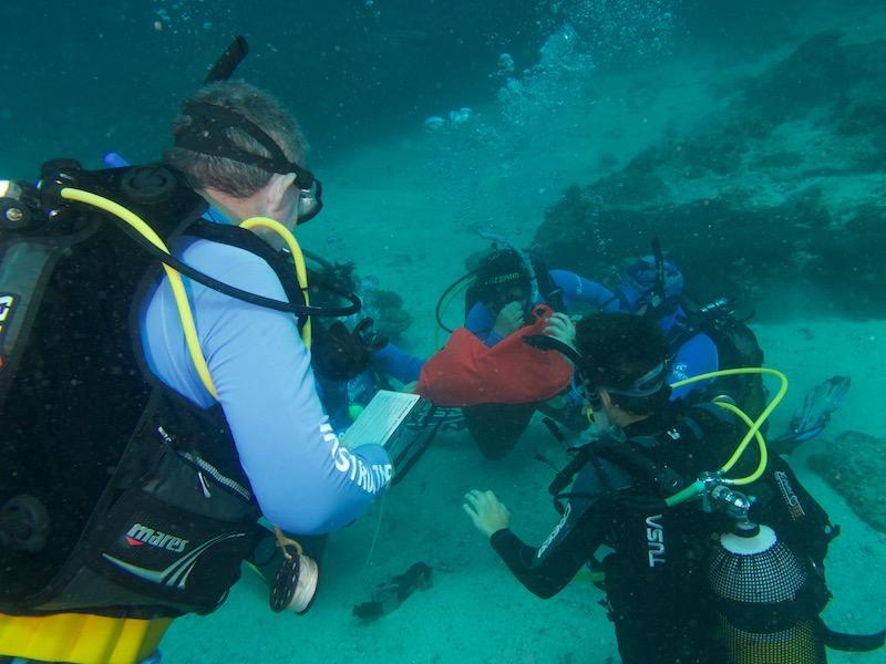 PADI-Divemaster-Course-Coral-Divers-Sodwana-Bay-2