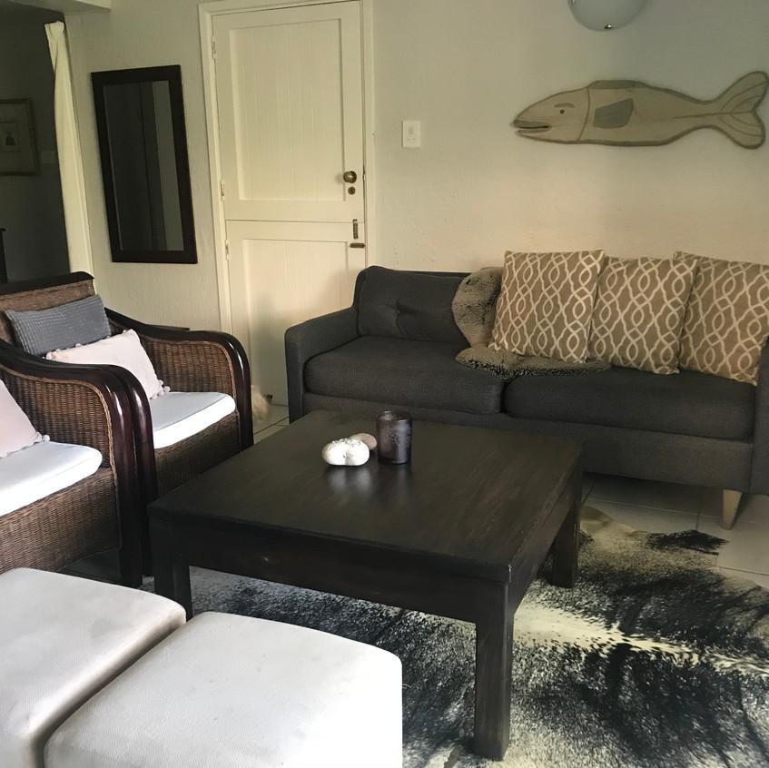 Pigeonwood lounge (3)