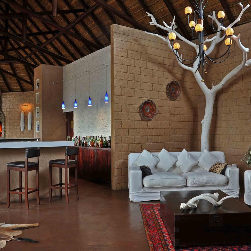 Lounge-&-bar