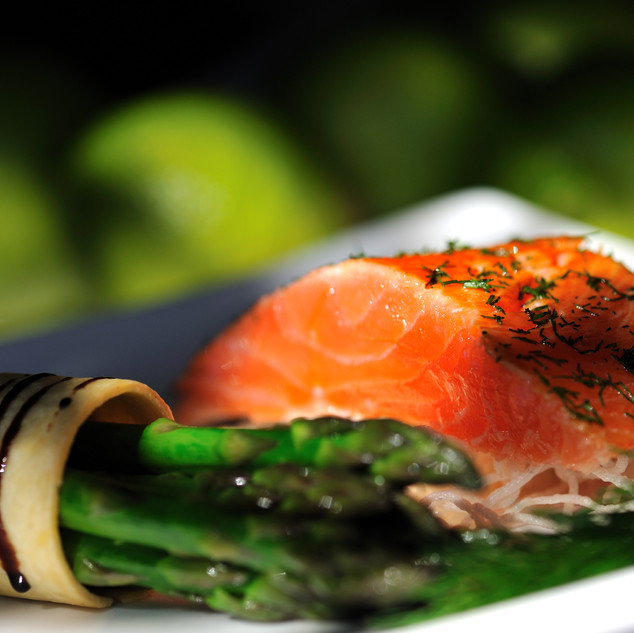 Dining_Kitchen_Salmon_&_Asparagus[1].jpg