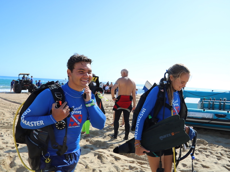 Dive-Charter-Coral-Divers-Sodwana-Bay-Dive-Staff