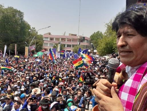 Moralesov trijumfalni povratak u Boliviju