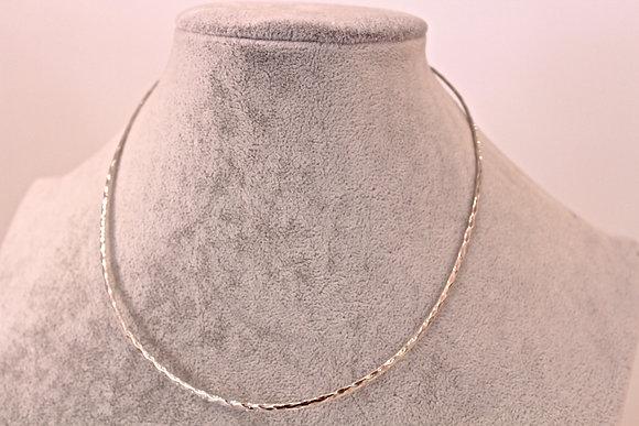 Girocollo argento 925 rigido battuto