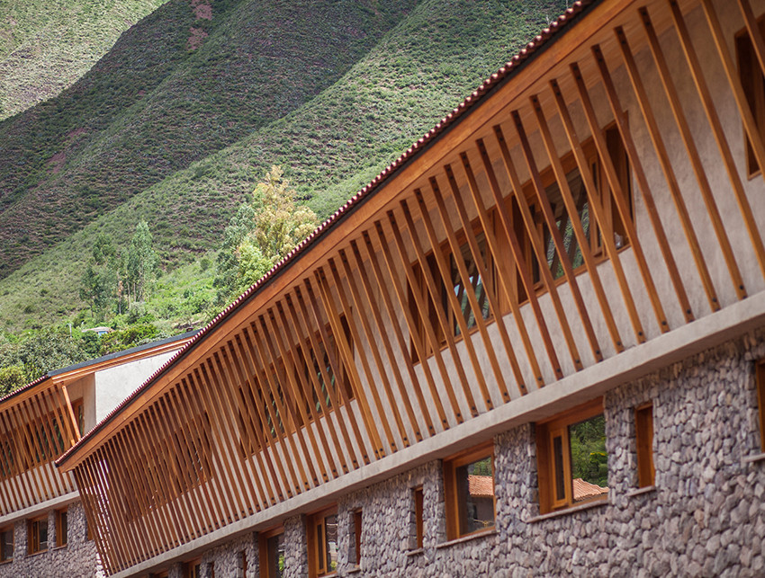 Exclusive hiking explorations in the Sacred Valley Peru - beyond Cusco and Machu Picchu at Explora