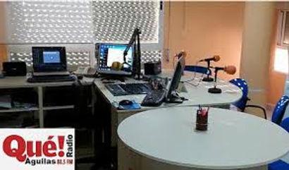 estudio que radio aguilas.jpg