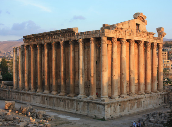 Baalbek,_Temple_of_Bacchus_(6842814197).