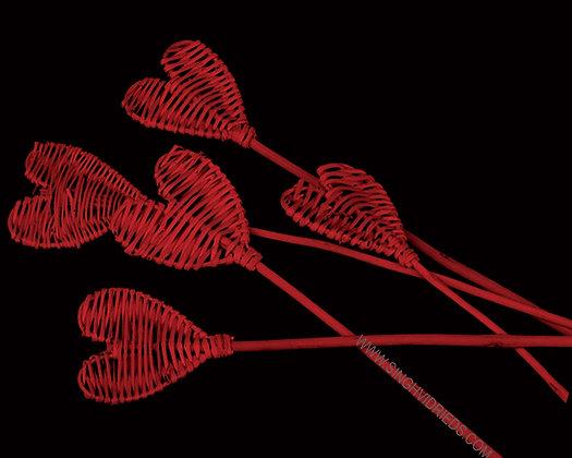 Lata Heart Red on Lata Stem
