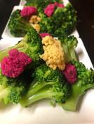 Salade de brocolis & pickles