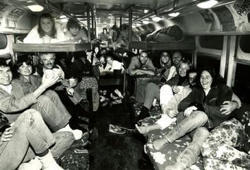 Green Tortoise Bus 80s