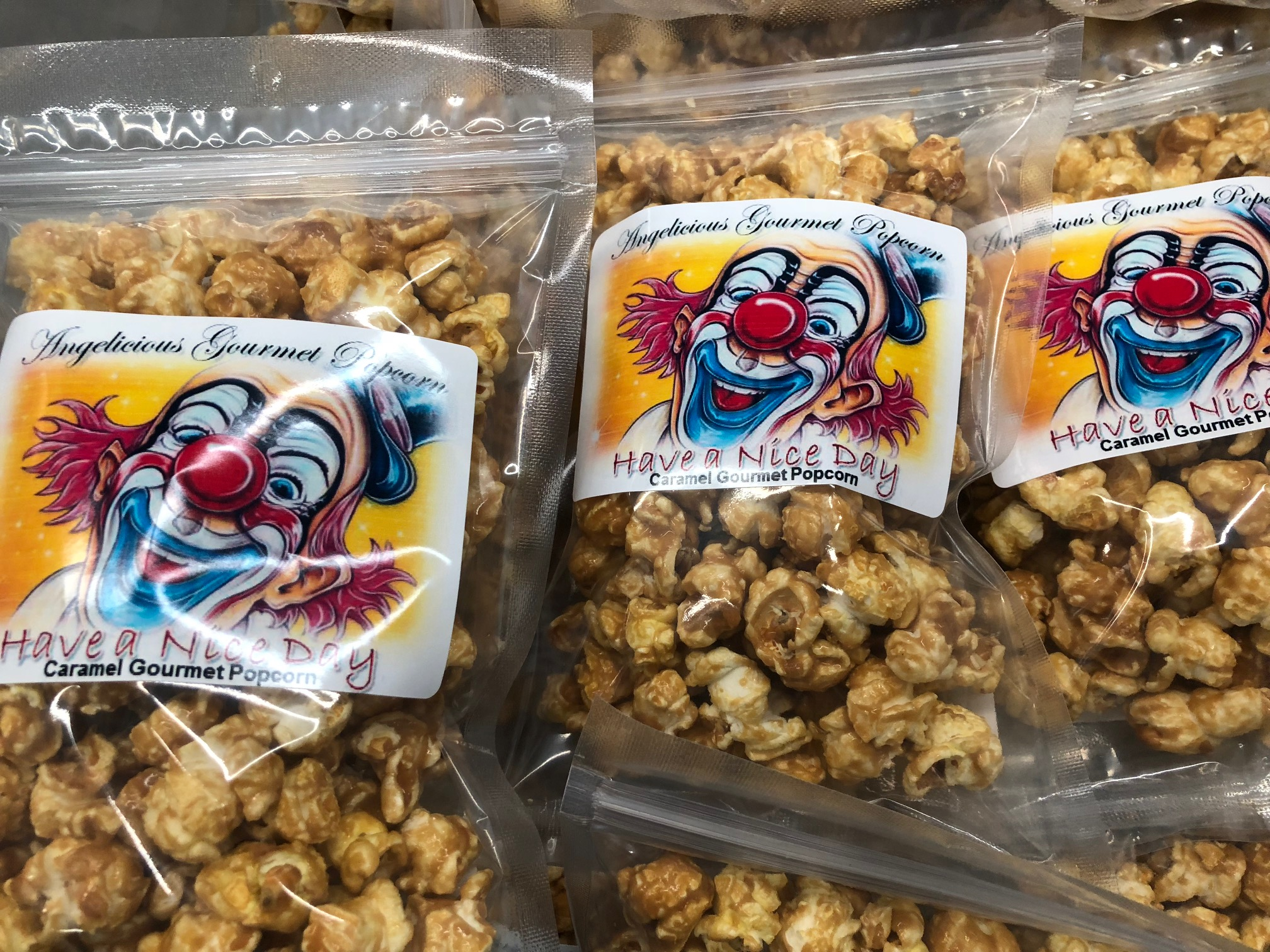 3 cup party favor bags of popcorn clown