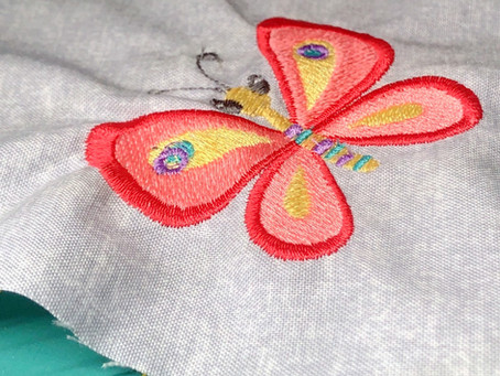 COMMON MACHINE EMBROIDERY PROBLEMS (AND HOW TO FIX THEM!)