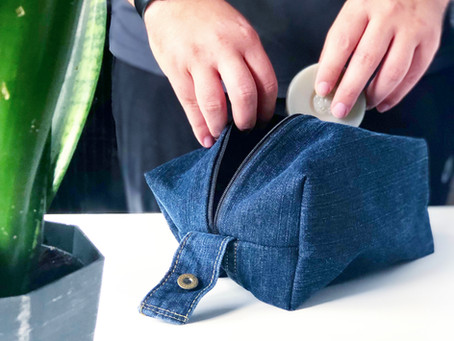 1 Hour Upcycle: Old Jeans into a Stylish Dopp Kit