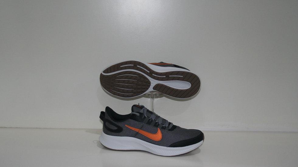 Tenis Nike  Gris Run All Day