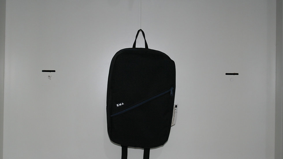 MOCHILA KMA  BLACK BOX 15L ACERO