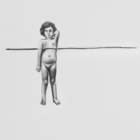 Jugando con el espacio, lápiz sobre papel mylar, 13 x 13 cm, 2017.