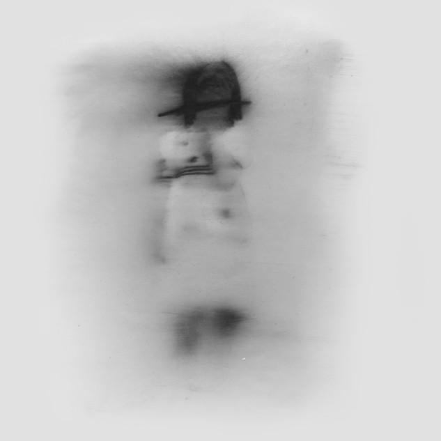 Lápiz y óleo sobre papel pergamino, 26 x 24 cm, 2011.