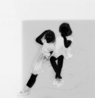 Lápiz y delineador de ojos sobre papel mylar, 15 x 15 cm, 2017.