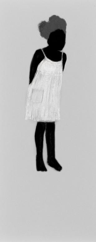 Lápiz y delineador de ojos sobre papel mylar, 25 x 9 cm, 2017.