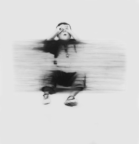 Lápiz sobre papel mylar, 27 x 28 cm, 2016.