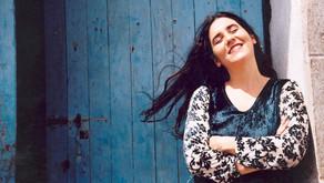 """Live: """"Mão com Música"""" recebe a cantora Mônica Salmaso"""
