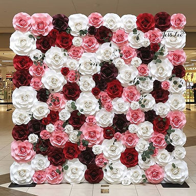 Happy Mother's Day! 🌸❤️ Rose wall for a