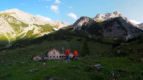 Kleiner Valkastiel (2233 m)