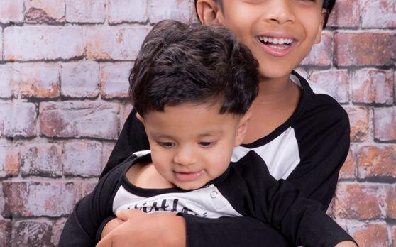 Sibling Studio Portrait-Marsden Park-2.j