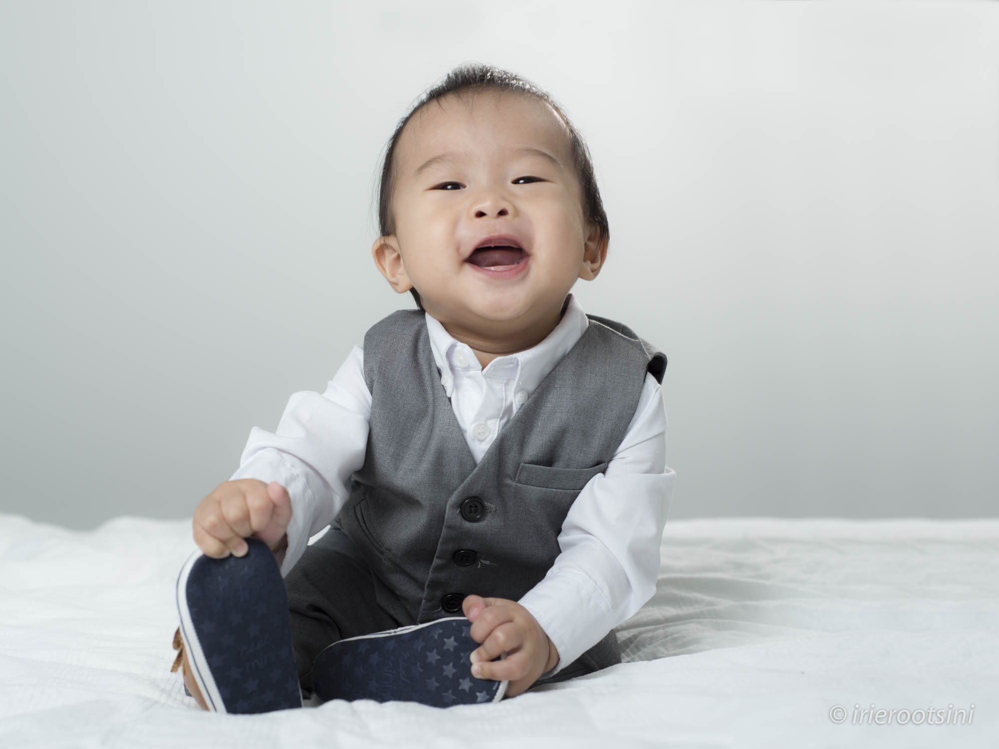 happy-baby-boy-studio-photography-quakers-hill