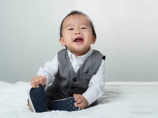 happy-baby-boy-studio-photography-quaker