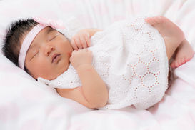 Newborn-Studio Portrait-Blacktown-2.jpg