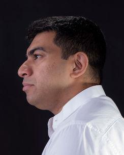 Preacher Headshot-Side Profile Pose