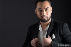Westmead-Headshots-Actor-Hands-Holding-Suit-Jacket