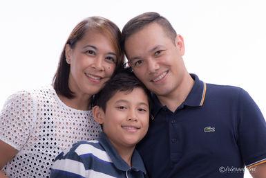 Family Portrait - Kellyville-1.jpg